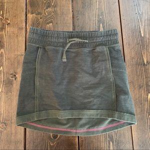 Size 12 girls Ivviva French terry skirt pockets